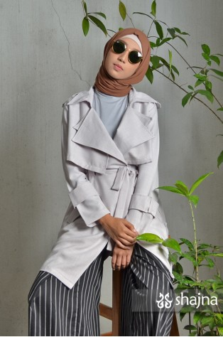 SK788 - LIGHT GREY HAZEL COAT