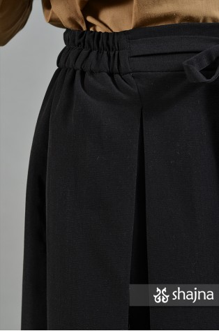 SS065B - BLACK KANNA SKIRT