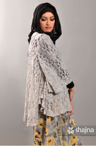 SK385A - GREY FREIJA LACE TOP