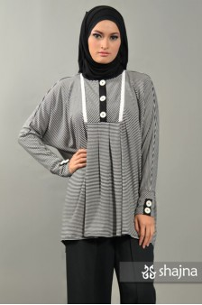 SK365 - BLACK-WHITE STRIPED BOXY TOP